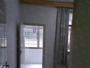 湘江宾馆附近,160平四室,带车库25平带家具家电有证56万