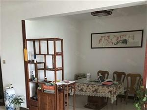 方圆小区3室2厅精装修拎包入住1700元有钥匙