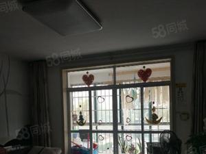银丰佳园东区1楼精装带大车库证过两年即买即住随时看房
