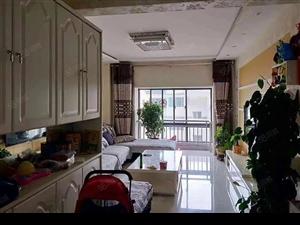 出售凤凰苑难得一见经典大户型精装修三居室