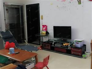 阳东花园精装2房,户型靓,布局好,实用率高,地段好出入方便。