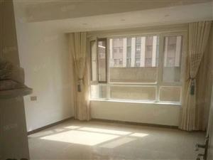 曹庙小区6楼复试4室2厅150平53万急售