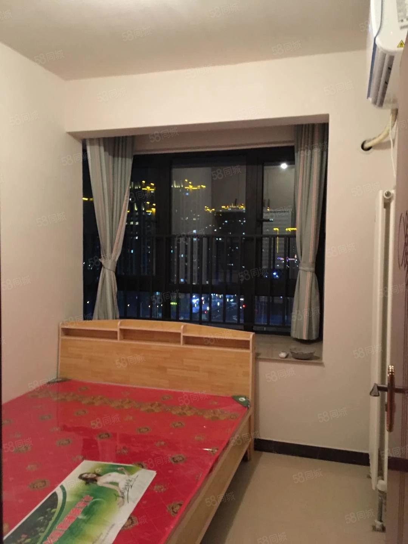 正弘中央公园精装小三室家具家电齐全拎包入住随时看房