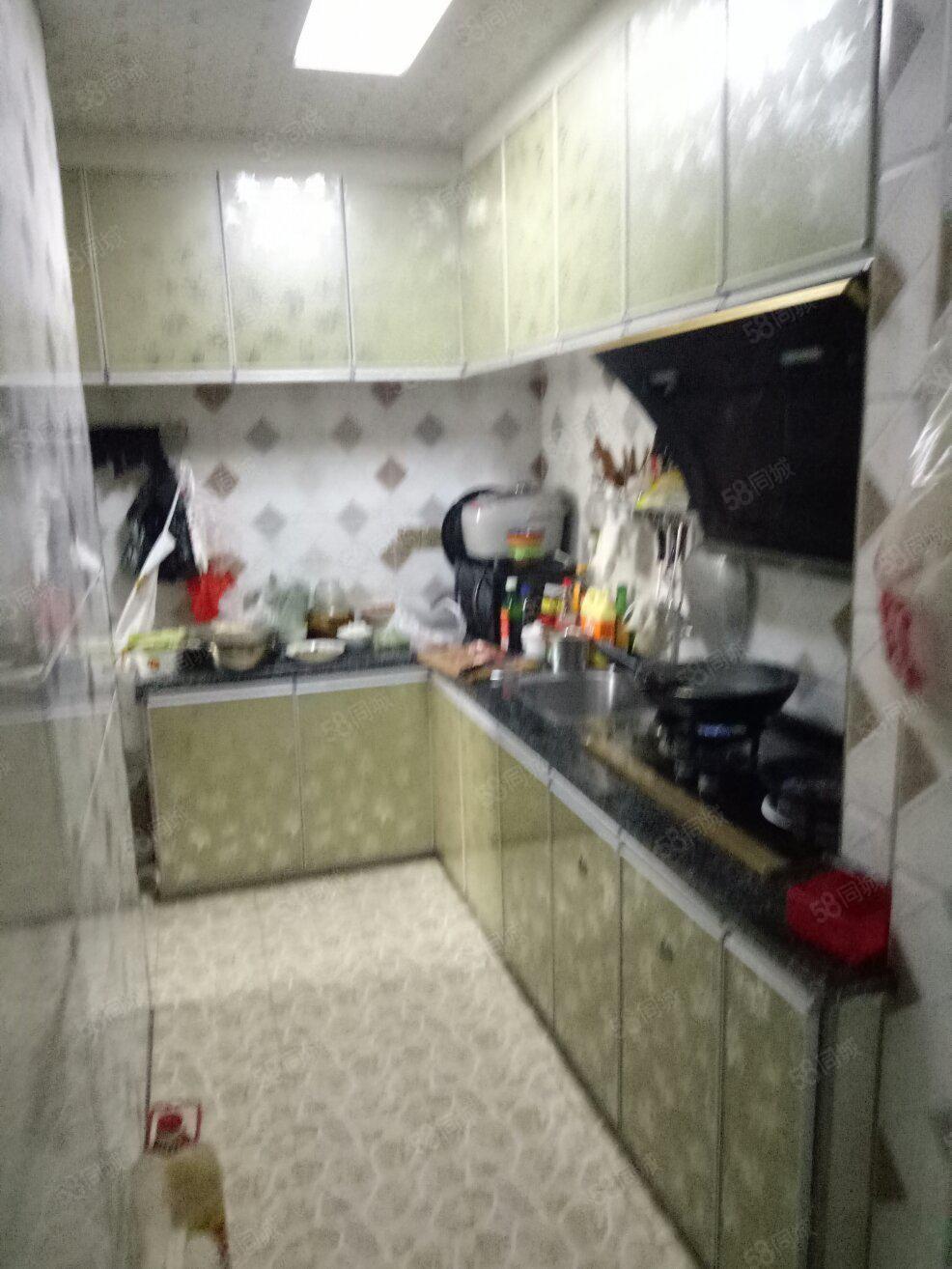 急售河东新区铂金公馆精装电梯3房