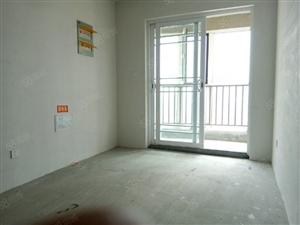 凤凰城C区现房3室2卫134平中间好楼层送储藏室车位另算急售