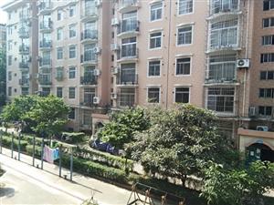 易居房产:明珠小区多层2楼南北通透带柴房