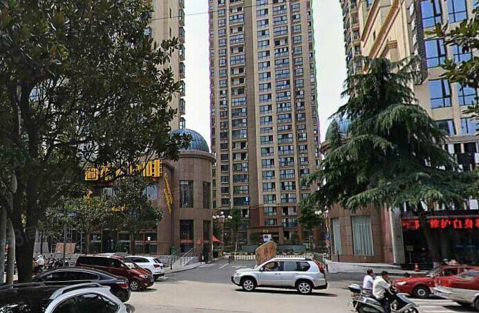 寶峰華府信高、九中本校學區精裝三房送家具家電證齊可按揭