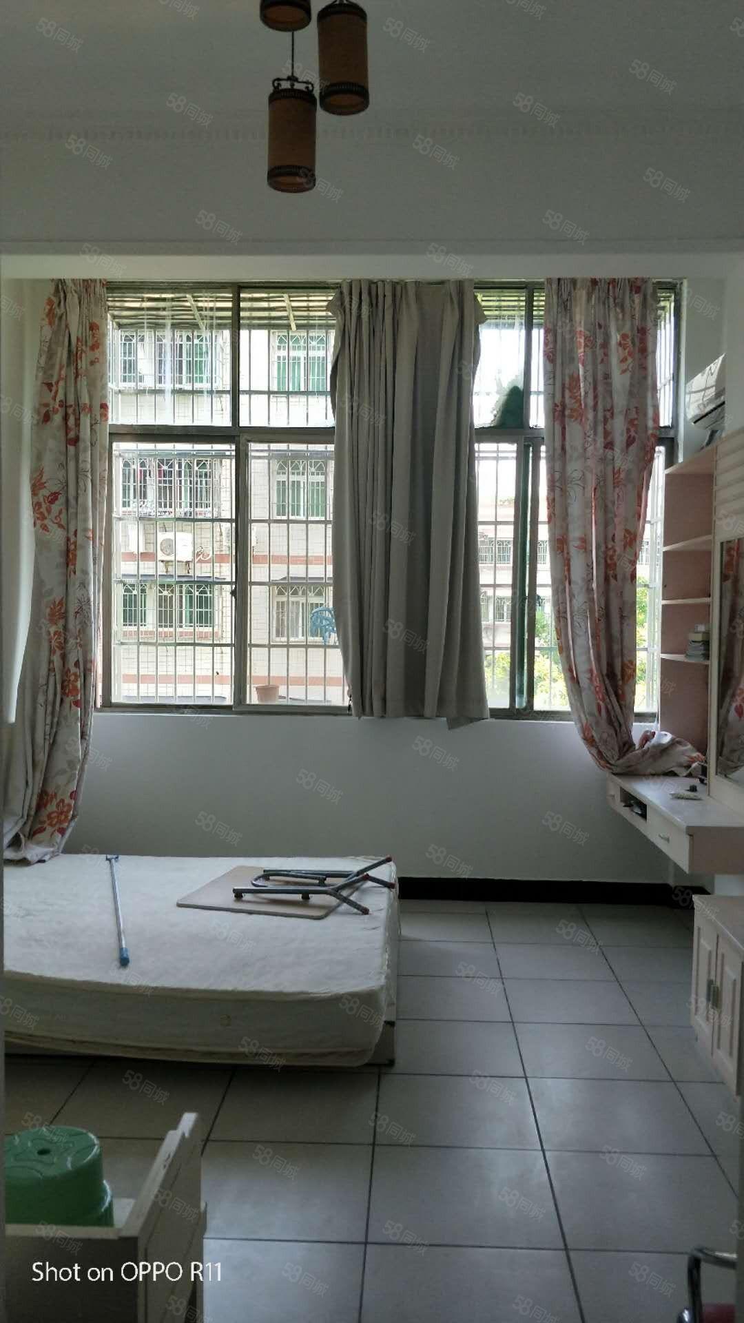 蓝天路九中28小05年小区精装1房居家投资优先选择