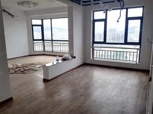东湖品臻观湖3房出租可办公可居家居家设备配齐