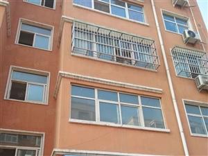 威尼斯人娱乐平台县和谐小区三室房