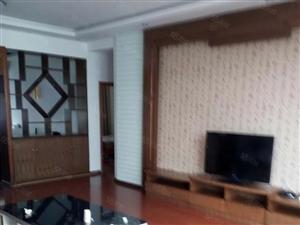 凤麓湖畔精装3室带家具拎包入住