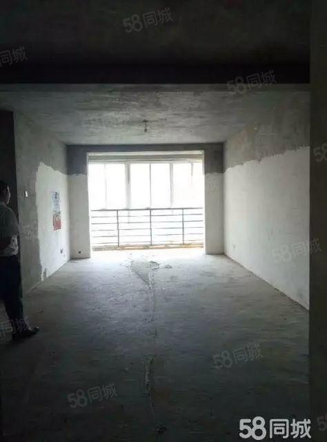 花园小区停车方便3室2厅2卫可以任意装修