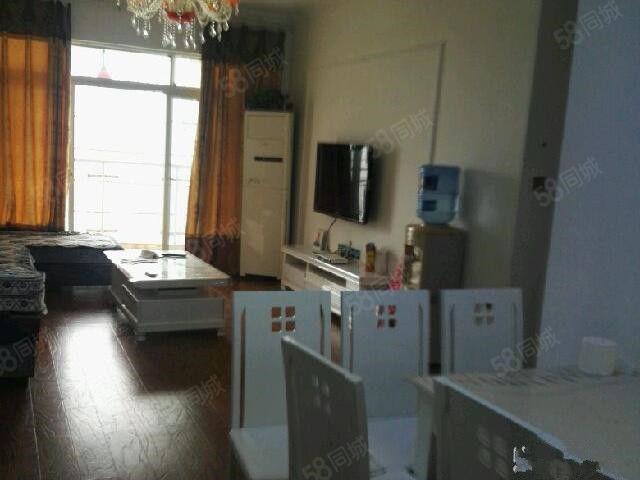 上江城精装房空调三台家电齐全拎包入住