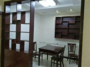 长安花园4层3室1厅110平方精装干净1200元