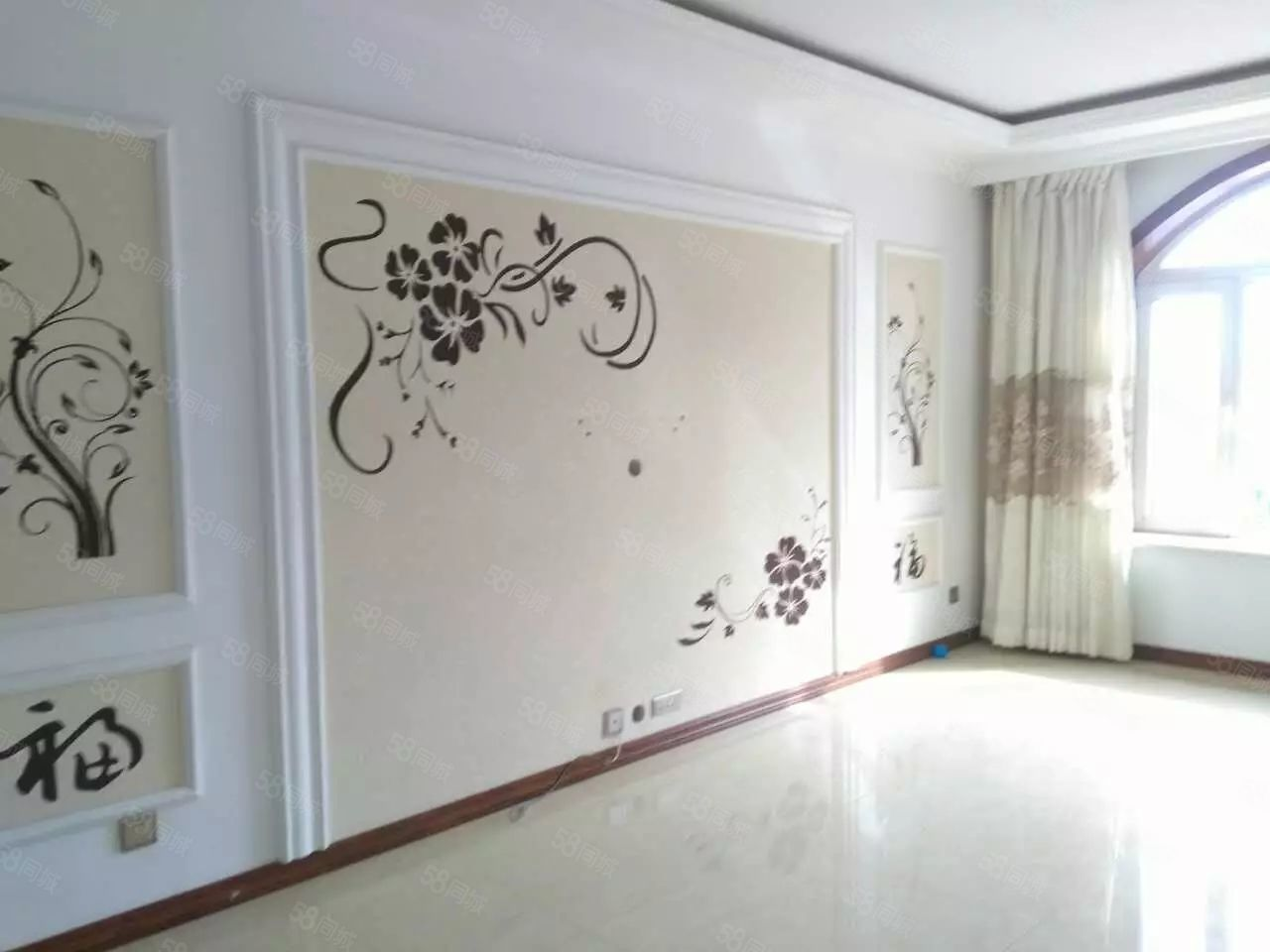 阳光广场附近,5楼,141平,3室,精装修