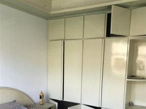 东风小区简单装修3室2厅1卫出售!三室朝阳