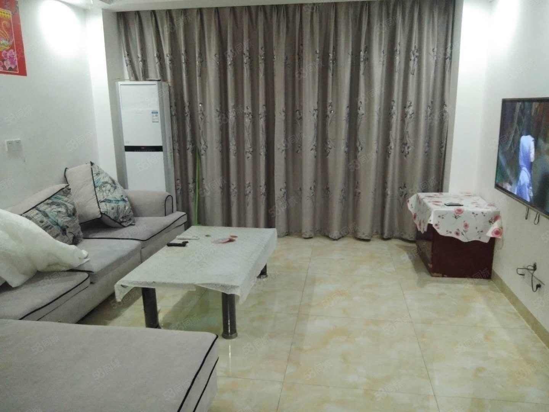 中坝滨江国际精装三房看中庭家具家电全齐直接拎包入住,