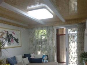 温馨两居室一楼带院,装修温馨田园风,一眼就能看中的房子,有证