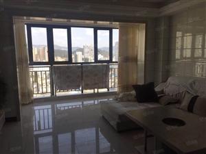 东门玉生鹏程商品房,精装三室出租,家具家电齐全。