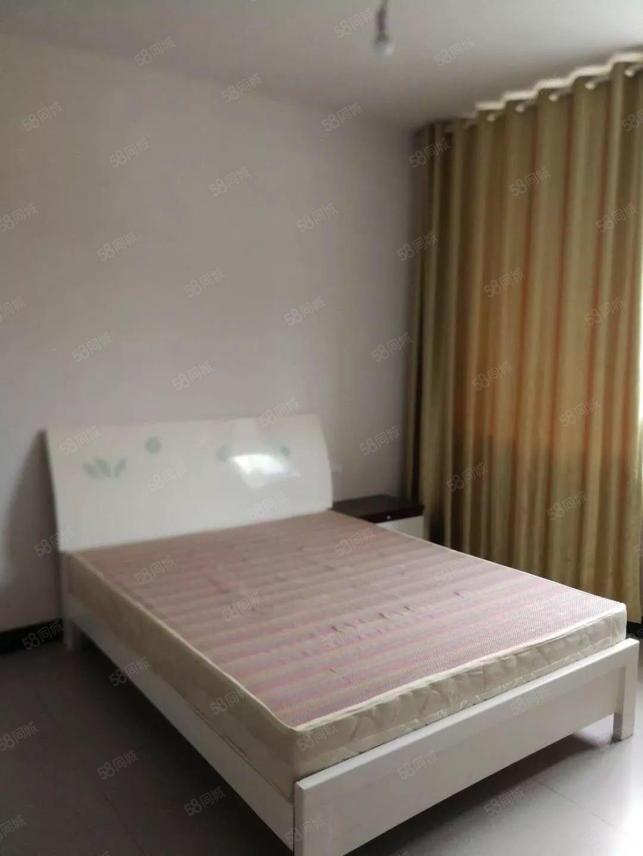 900元便宜出租新房,二医附近名城世家小区二室一厅冰箱洗衣机