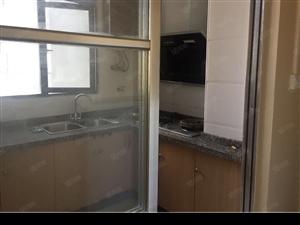 香山甲第两房拎包入住避暑房出租交通生活都很便利