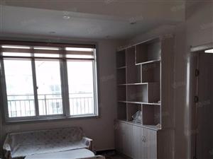 大庆路东景国际2室1厅精装修拎包入住!