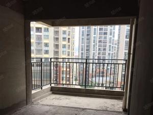 十里牌城市春天三室两厅毛坯电梯房仅售68万