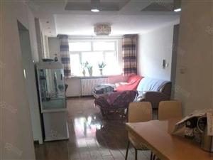 沙区西北路百信宝山苑96平3室2厅1卫1T2户南北送地下室