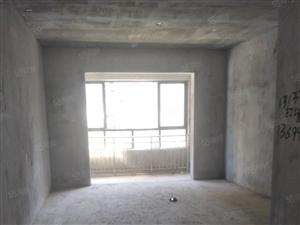 东方首府复式楼使用面积194平、交通便利、周围配套齐全!!