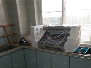电子商贸城观景房,128平3室2厅新装修,送储,首付24万