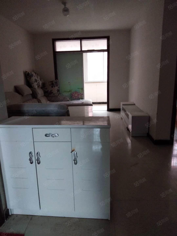 清水湾东临二楼中装,拎包入住,月租700元
