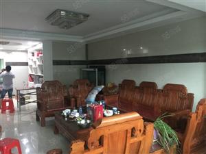 宏发江景复式楼精装修4房格局3300元有4台空调