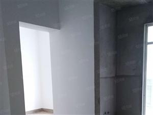 2跃3低楼好房,赠送60平米露台,希有户型,钥匙在手看房方便
