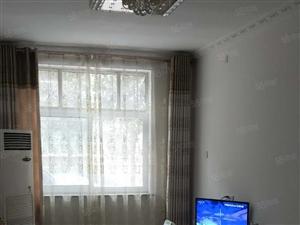 急售金港酒店对面工行家属院一楼带院大4室南北通透采光好急售