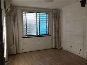 新新家园5楼121平六楼62平车库37平满五年简装售65万