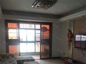 中辉国际3室2厅2卫精装、家电齐全、拎包入住、全天阳光急租!