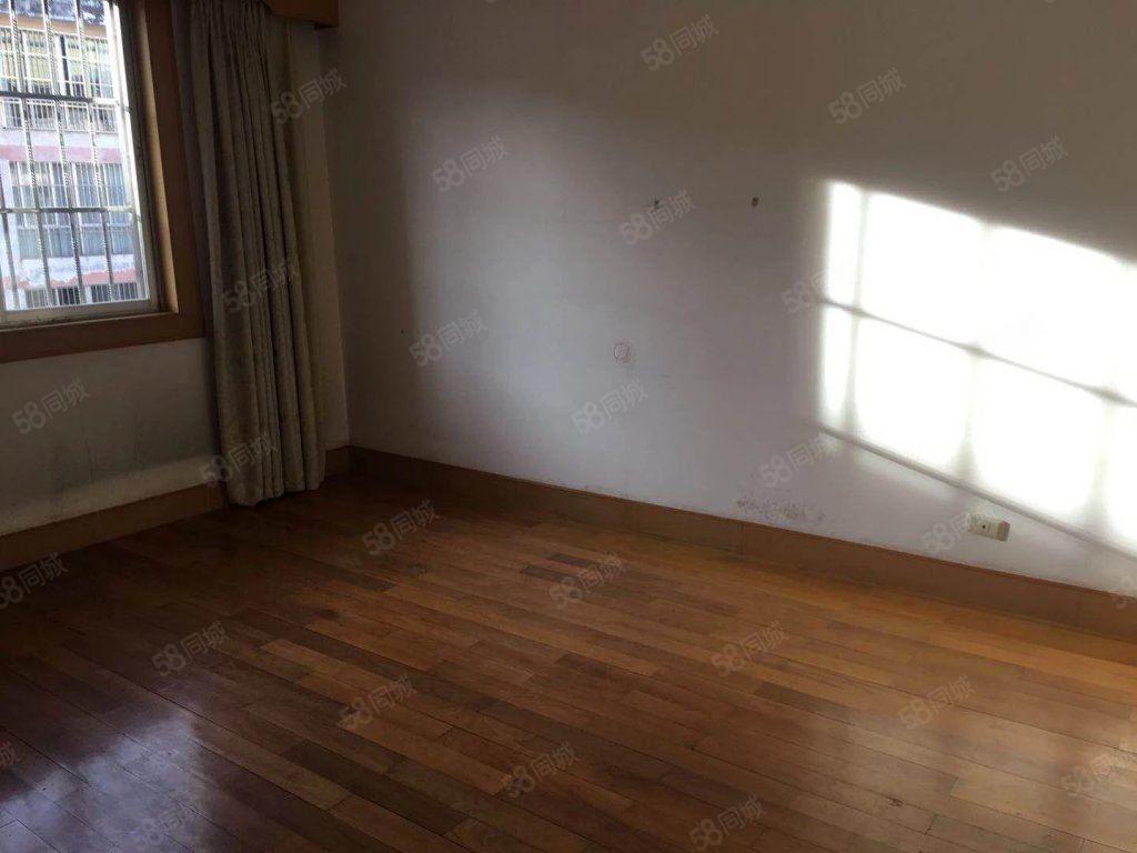 阳光好房新世纪花园122平装修清爽可带家具