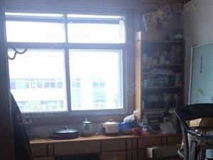 东风小区中等装修140平方3室2厅2卫南北通透满5唯一