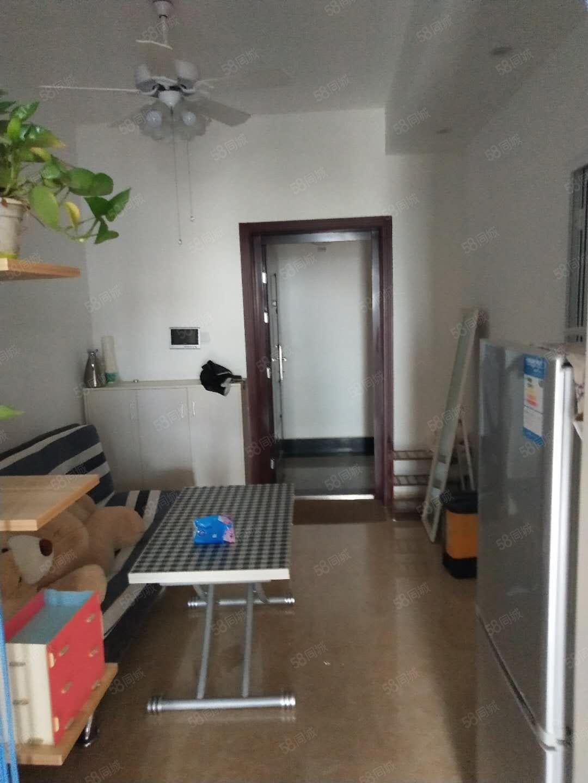 高士北路高档小区,配套齐全,交通便利,精装公寓拎包入住急租