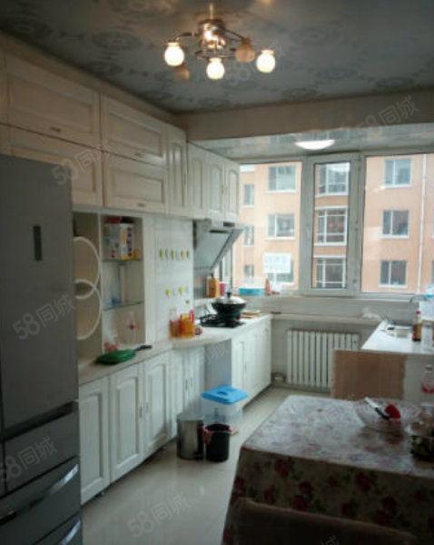 北国明珠1期.婚房.4楼.带家具家电.可贷款.