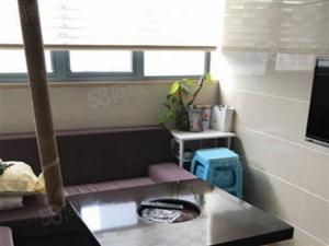 东方城三室一厅,精装修,没家具家电。