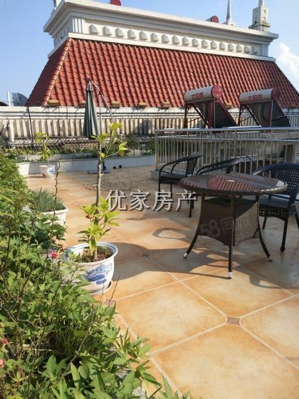 金帝庄园精装三跃两个大花园可以种菜产权明确