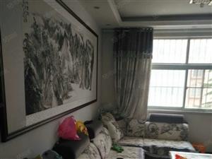 华宝小区公园南门3楼精装房3室2厅2卫132平方