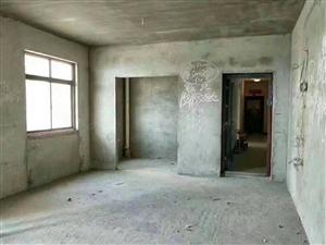 城南精品小区,毛坯电梯中高层,单价6800,抓住机会少干几年