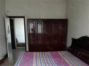 站前乐购后身5层两室一厅60平室内干净拎包即住