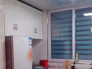 2565号沪阳公寓3室1厅2卫精装修96平卖56万