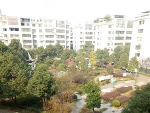 家园房产精密现代城带26平方车库好户型