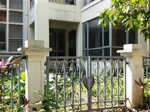 一楼带花园复式中惠沁林山庄南北对流户型别墅洋房社区绿化
