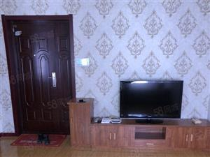 铂宫小两室带家具家电包取暖物业电梯年付