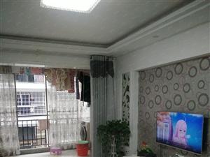 城东小区精装4楼3室2厅家电齐全,入住半年因乔迁外地急售